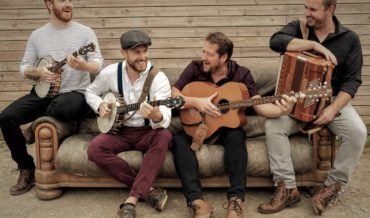 The Stowes Music – Celtic folk group from Padstow