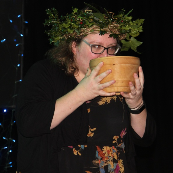 The 'King' drinking from the Grampound Wassail bowl 2019